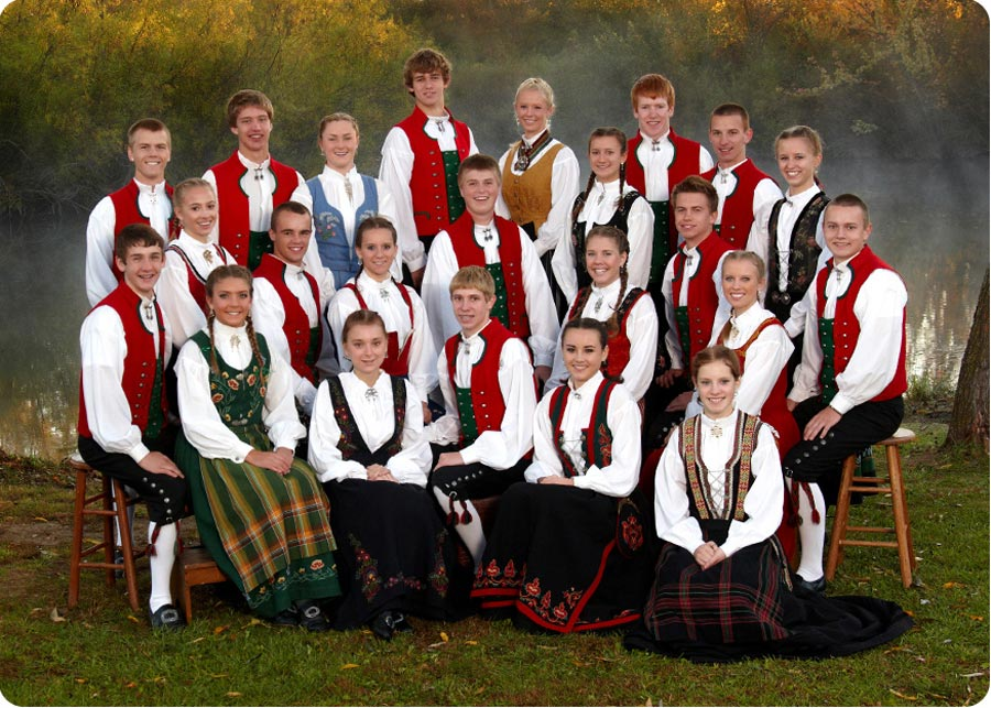 picture of the 2010 2011 Stoughton High School Norwegian Dancers